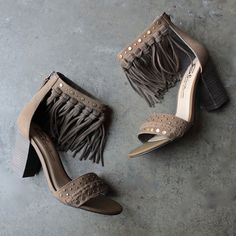 sbicca vintage collection - palooza fringe heels in khaki - shophearts - 1