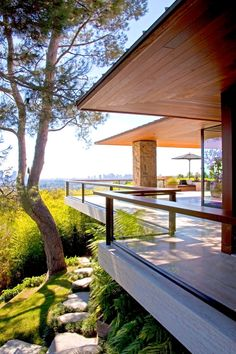 Contemporary Patio and Deck in Beverly Hills, CA by Stephen Shadley Designs