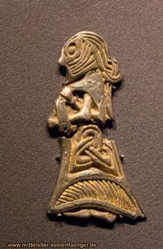 Original viking jewelery - nationalmuseum copenhagen 2013 - temporary exhibition (VIKING)
