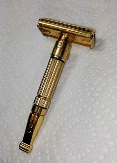 Close Shave, Wet Shaving, Safety Razor, Groom Style, Men's Grooming, Vintage Toys, Man Stuff, Gentleman Style, Antiques
