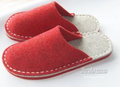 Felt Slippers – Simple Eco Friendly Wool – Many sizes and colours by Joe's Toes – ships worldwide My simple eco friendly slippers are completely hand-sewn in Yorkshire, England. Using woollen felt and strong merino yarn. I offer many variations on Red Slippers, Womens Slippers, Felted Slippers Pattern, Sewing Slippers, Sewing Crafts, Sewing Projects, Felt Shoes, Shoe Pattern, Red Felt