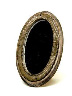 Ovale spiegel te koop via http://www.delaatstepuntjes.nl/index.php?route=product/product=39_id=125