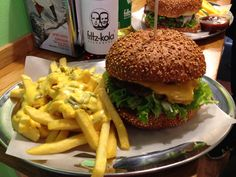 Cheese & Bacon Burger @5Places, Berlin