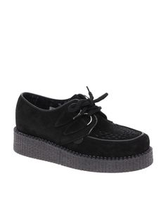 Ohhh em gee!Creepers.... So Junior High