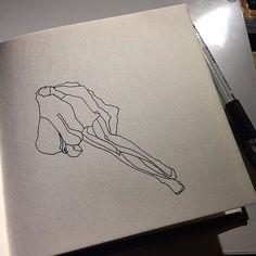 꿈을 꾸었다.  따뜻했던 것들이 금새 차갑게 변해 입안에 머물다 이내 한숨과 함께 터져 나왔다. @artgnu  #art #work #artwork #line #lineart #ink #inktober #pen #illust #illustration #illustrator #hand #drawing #doodle #sketch #instaart #instaartist #artoftheday #blackandwhite #손 #그림 #손그림 #라인 #아트 #일러스트 #펜 #낙서 #스케치 #그림스타그램