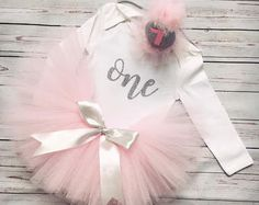 Birthday outfits, unique tutus, custom made items :) por TulipBabyShop Tutu Outfits, Kids Outfits, Ballerina Party, Bellini, Custom Made, Tulle, Unique, Birthday, Skirts