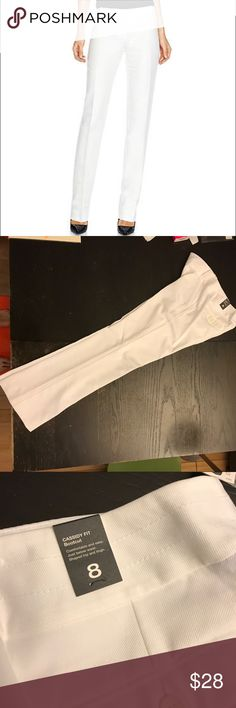 The Limited Cassidy Fit Bootcut White Pants NWT💖.  Polyester/Viscose/Rayon. Size 8R The Limited Pants Boot Cut & Flare