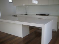 Image from http://www.elementstone.com.au/edit/project5/CaesarStone%20Kitchen.JPG?2-09-2013%208:29:36%20PM.