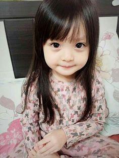 New Beautiful Children Asian Ideas Cute Asian Babies, Korean Babies, Asian Kids, Asian Child, Cute Little Baby, Cute Baby Girl, Little Babies, Little Girls, Beautiful Children