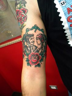 Tatuaggio old school Follow me on  Instagram;@jonatattoo Fb.page; jona tattoo art