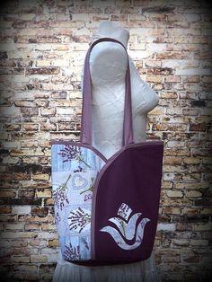 Tulipános táska- Vállra tehető