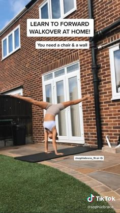 Cheerleading Workouts, Cheer Workouts, Gymnastics Workout, Gym Workout Tips, At Home Workouts, Gymnastics For Beginners, Gymnastics Tricks, Gymnastics Skills, Handstand Training