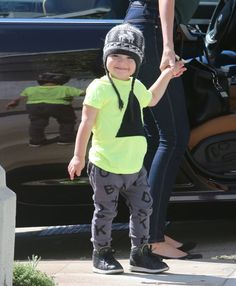 Spoting Nununu…come by Tutti Bambini Kids to see all our new arrivals! Miranda Kerr Orlando Bloom, Celebrity Baby News, Australian Models, Happy B Day, British Actors, Celebs, Celebrities, Baby Photos, Boy Fashion