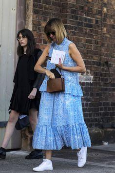 Váy liền dáng dài lạ mắt thu hút mọi ánh nhìn