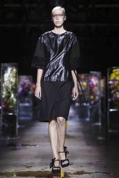 Dries Van Noten Ready To Wear Spring Summer 2017 Paris