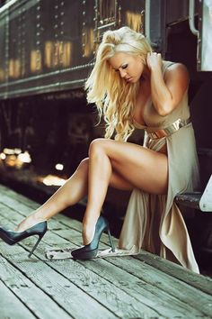 Great Legs and Stylish High Heels : Photo