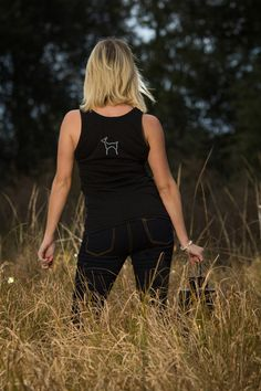 LOVE this deer pony-tail tank — southerndoe™ #outdoors #southerndoe #hunt #country #southern