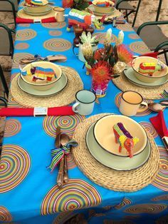 """Let's Celebrate 's african wedding decor table settings Photo. Pinned in """"Proudly South African"""" . African Party Theme, African Wedding Theme, Traditional Wedding Decor, African Traditional Wedding, Jungle Theme Parties, Party Themes, Safari Party, Ideas Party, Table Setting Photos"""