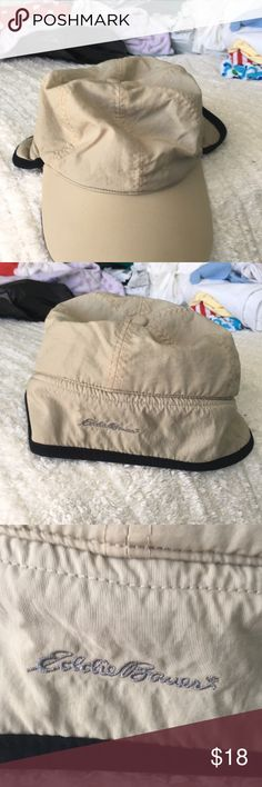 Hat cap It is creamy color light inside it is dark gray soft inside. Black trim. Very nice hat cap. Comes from a smoke and pet free home. Thanks for looking. Eddie Bauer Accessories Hats