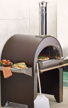 By combining Old World methods with the latest manufacturing technology, the Alfa Forno 4 Wood Burning Pizza Oven can bake wood-fired pizzas and grill or broil your favorite meats and vegetables – all at the same time.