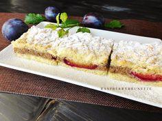 Raspberrybrunette: Krehký orechovo-slivkový koláč