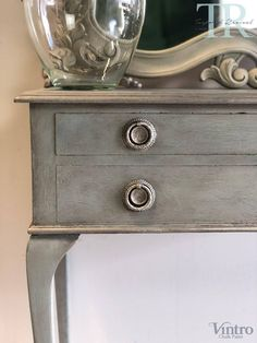 Antique Table and Mahogany Mirror Chalk Paint Cabinets, Chalk Paint Table, Using Chalk Paint, Chalk Paint Colors, Painting Cabinets, Chalk Painting, Drawer Table, Painted Drawers, Dark Wax