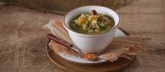 Receita de Sopa de lentilhas. Descubra como cozinhar Sopa de lentilhas de maneira prática e deliciosa com a Teleculinaria!