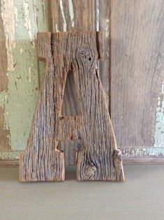 Salvage Barn wood Letters Salvage Barnwood Letters per letter – Hazir Site Wood Crafts Furniture, Barn Wood Crafts, Old Barn Wood, Salvaged Wood, Barn Board Projects, Wood Projects, Woodworking Joints, Woodworking Projects, Woodworking Plans
