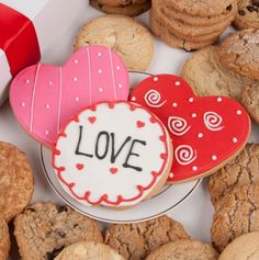 Lovely Hearts Signature Cookie Gift Box - YUMMY!