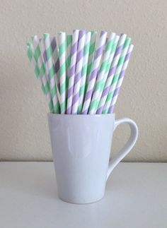 Hey, I found this really awesome Etsy listing at https://www.etsy.com/listing/156064871/paper-straws-25-mint-green-and-light