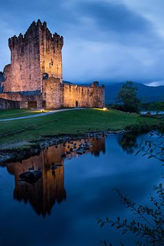 Castello di Ross by Federica Violin, via 500px - Killarney, Ireland.