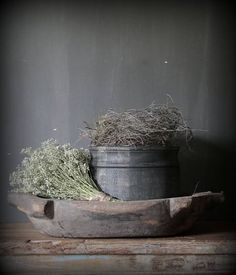 Ideas ... Dough bowl and galvanized bucket with flowers. Table centerpiece.