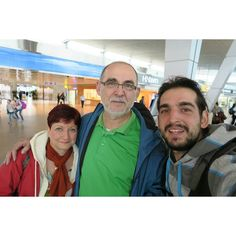 Met with my parents after 14 months. I cried like little boy #parents #encounter #fun #travel #happy #love #family #adventure #middleeast #airport #g7x #canon #pic #pictureoftheday #czech #czechboy #czechgirl #brave