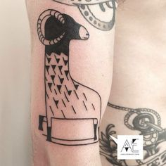 #axelejsmont #tattoo #berlin #animals #graphic