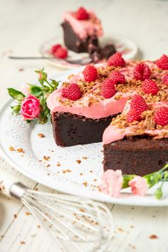 Maailman paras ja helpoin suklaakakku on mutakakku eli mudcake Vegan Desserts, Just Desserts, Just Eat It, Hot Chocolate Recipes, Sweet Cakes, Desert Recipes, Let Them Eat Cake, Sweet Treats, Food And Drink