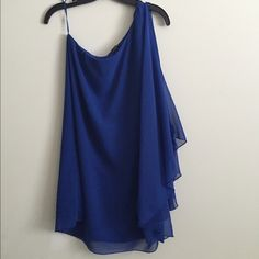 "Royal blue short dress/long top This is super sexy! I wore it as a dress that fit 8"" above the knee. However you can also wear it as a super long top if you wanted to. Size L, true to size, has some stretch. Like new Double Zero Dresses"