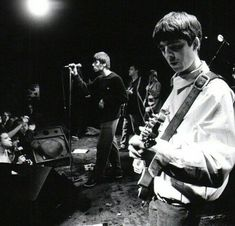 Gene Gallagher, Lennon Gallagher, Oasis Band, Liam And Noel, Paul Mccartney, Playing Guitar, Cool Bands, The Past, Songs