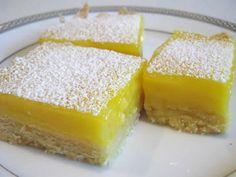 gateau carres citron thermomix, voila une des recettes les plus faciles pour votre dessert gâteau, le gateau carres citron thermomix, facile à faire.