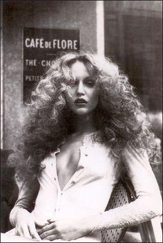 Cafe de Flore. Jerry Hall. Cafe life