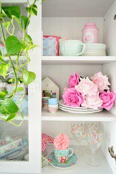 Evde çiçek dekorasyonu🌿