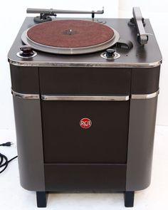 RCA 70-C Broadcast Record Player