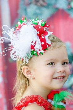Over The Top Christmas Hair Bow  Classic Red & Green  por miminco, $16,99