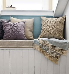 Home Decoration with Burlap Pillows and Sisal Twine on Burlap Table Runner...LOVE THIS!!!!.