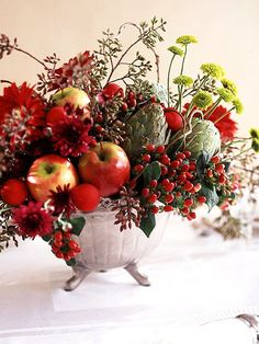 Love this - would work with other seasonal arrangements as well.