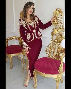 اللباس_التقليدي_الجزائري #البدرون_الجزائري #الكراكو_الجزائري #البلوزة_الوهرانية #القفطان_الجزائري #العروس_الجزائرية  #اعراس_جزائرية Haute Couture Style, Morrocan Fashion, Lace Prom Gown, Sarees Online India, Women's Evening Dresses, Formal Dresses For Women, Party Gowns, Traditional Outfits, High Fashion