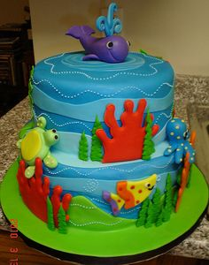 Ocean Wonder Cake by valscustomcakes, via Flickr
