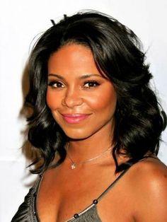 Medium hairstyles for Black Women on World Public Figure: Hairstyles Trendy Medium Wavy Black Women Hipsterwall ~ frauenfrisur.com Hairstyles Inspiration