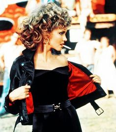 Last-minute Halloween costume ideas // Sandy from Grease