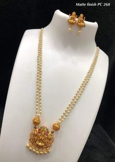 How Sell Gold Jewelry Antique Jewellery Designs, Gold Jewellery Design, Antique Jewelry, Gold Jewelry, Pearl Jewelry, Jewlery, Ruby Necklace Designs, Gold Necklace Simple, Jewelry Collection