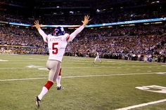 Steve Weatherford's gift keeps on coming to hometown. http://tribstar.com/news/x584477794/Steve-Weatherford-s-gifts-keep-on-coming-to-hometown